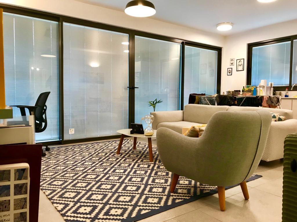 בבניין חדש במלצ'ט דירת 2 חדרים