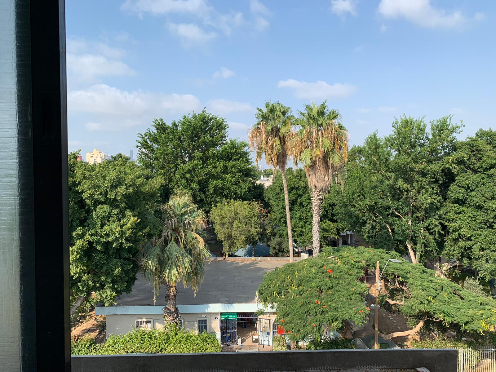 apartment in Kiryat shalom