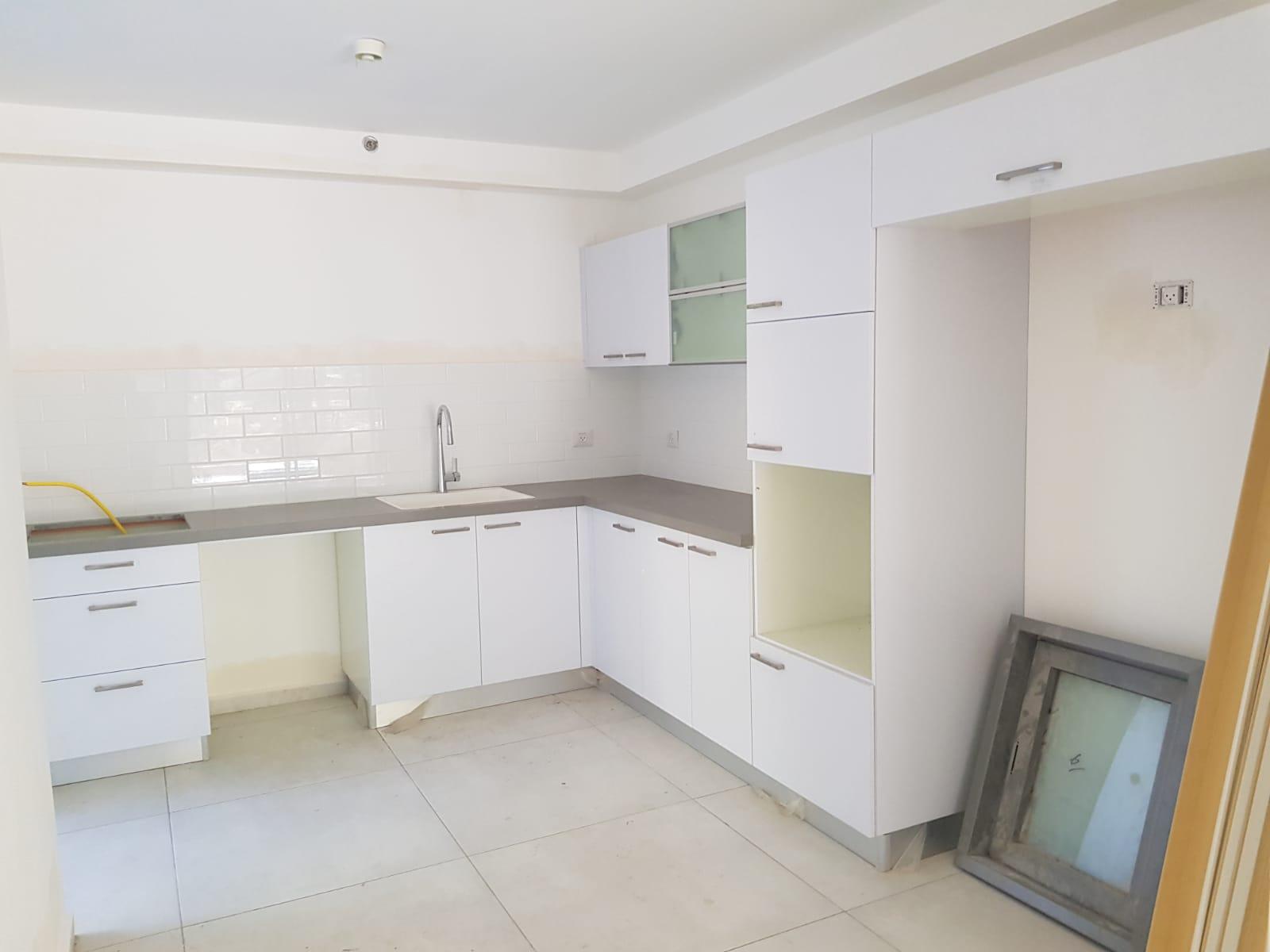 4 bedroom garden apartment