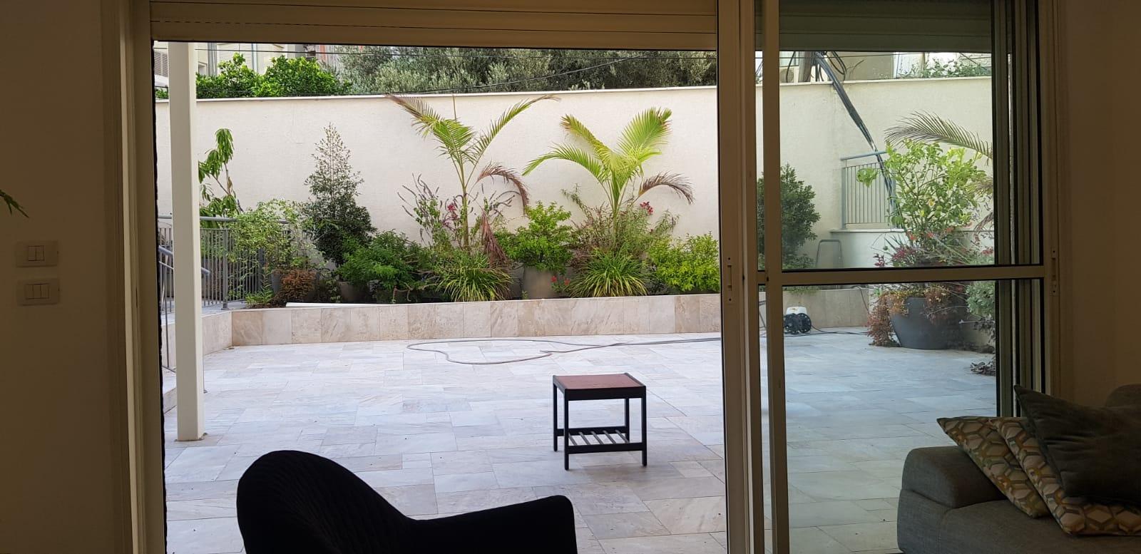 דופלקס גן 5 חדרים עם חניה